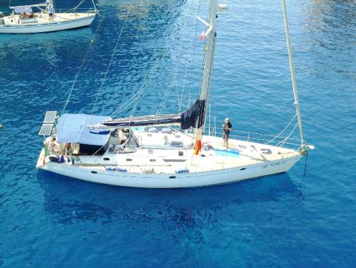 Le isole Eolie nel Sun Odyssey 52.2